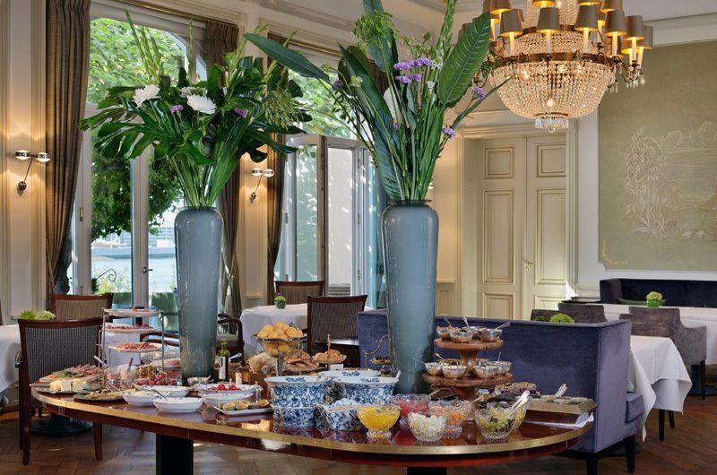 Das Frühstücksbuffet. (Foto: Louis C. Jacob)