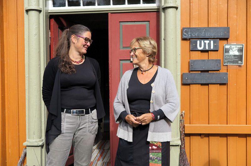Grete Sørebø and ihre Schwiegermutter Kjellrun.