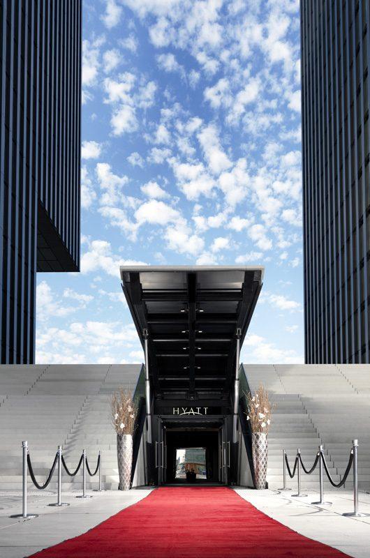 Hyatt öffne dich: Der Ballsaal ist auf Wunsch via Außeneingang zu erreichen. (Foto: Hyatt Regency Düsseldorf)
