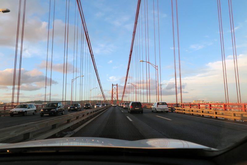 Lissabons Antwort auf die Golden Gate Bridge: Ponte 25 de Abril