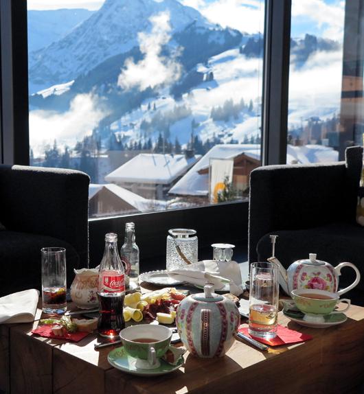 """Schweizer """"Apéro Plättli"""" with a View."""