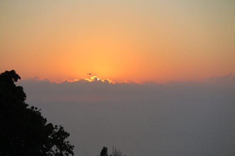 Mit dem Heli wird der Sonnenuntergang endlos...