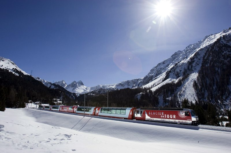 Der Glacier Express zwischen Preda und Berguen. (Foto: Rhätische Bahn)